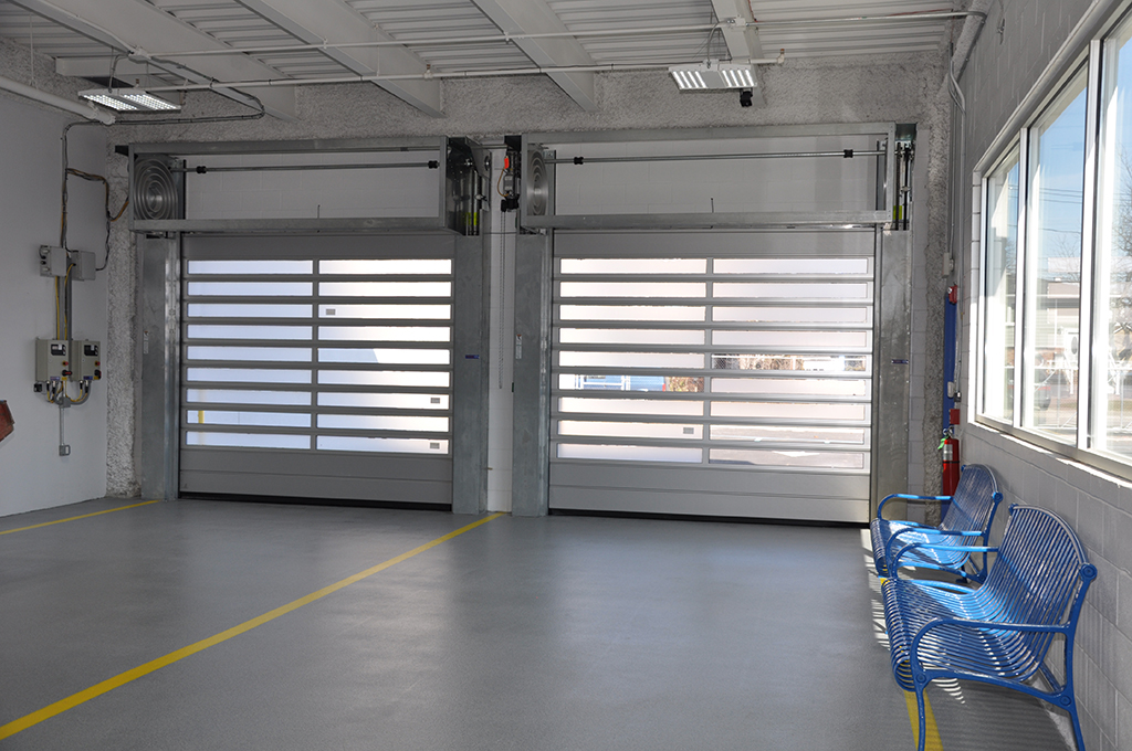 Clear roll up garage doors wageuzi for 12x12 roll up garage door